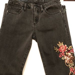 Miss Me Charcoal florar embroidered skinny jeans